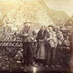 Late 19th century photo of Claddagh villagers, Galway (Chethams Library collections via https://t.co/NZ3XaIEhVy) http://t.co/Yqm155CEDv