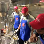 #Broncos players working hard at the Salvation Army in Denver preparing meals for 1,500 people. @BenGarland63 #9news http://t.co/dMTQPsDMxF
