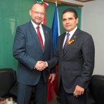 .@Silvano_A recibió al embajador de la #RepúblicaCheca en México, en el Palacio Legislativo de San Lázaro. http://t.co/DudbB3jhDJ