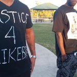 Supporters of #MikeBrown wearing t-shirts they made for #Ferguson rally at MacGregor Park in Houston @KHOU #HouNews http://t.co/wSG4YZ58R0