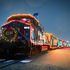 The @CPHolidayTrain is coming to ReD Deer, ..Dec 10th,12.30pm, bring a healthy non-perishable food donation http://t.co/ZDnuRu3973