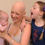 Gravidez esconde sintomas de câncer e mãe descobre doença, em fase terminal, na hora do parto. http://t.co/jz06QyZ1VT http://t.co/TM5X2aeY2n