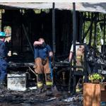 Five children die in fire. Sad story, good work by @coomerchron #pray #houston #hounews http://t.co/PwAD1hhKrC http://t.co/Jc5a705PF1