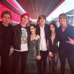 5SOS with the Veronicas at the ARIAs! http://t.co/xzqHIC5ZO2