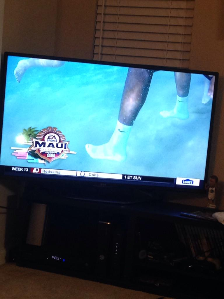 @BarstoolBigCat absolute vicious move by guy on PITT wearing socks in the ocean http://t.co/nJOD2hOhse