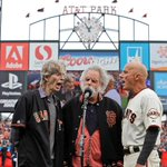 After 33 years, Tim Flannery is sending himself home READ: http://t.co/SN8ZexzC0k #SFGiants http://t.co/fp2HuanRFc
