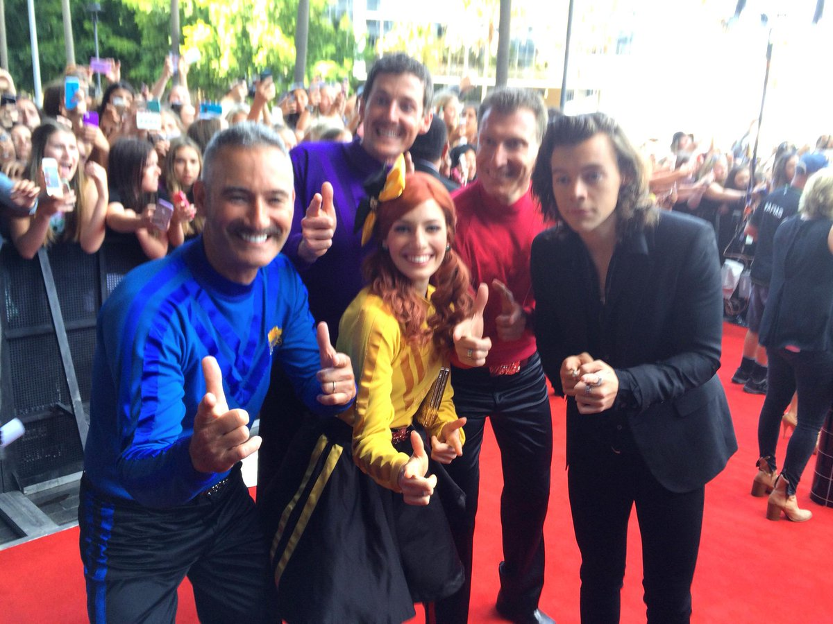 Wahoo!  @TheWiggles with @Harry_Styles from @onedirection at #ARIAs2014 #ARIAs #Ariasredcarpet @ARIA_Official http://t.co/EbpeVof7lv