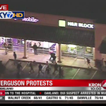 #ferguson protests: OAKLAND Vandals strike strip mall -- WATCH LIVE http://t.co/OhxY67Cq1V http://t.co/tl6cZY9Vou