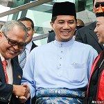 Selangor BN reps should be thankful, says @AzminAli http://t.co/oSv1WHsBbg http://t.co/5cKyspbKqh