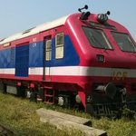 CR Mumbai railway gets a new baby. Diesel Multiple Unit train mostly for Diva-Vasai operations. http://t.co/KFrvXhdNZX