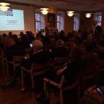 Udsolgt lobbykonference @Altingetdk. Med rette stolt Rasmus Nielsen byder velkommen #dkpol http://t.co/wNoE1aBzoF