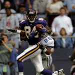 On this day in 1998, @Vikings rookie @RandyMoss went for 163 yds and 3 TD as MIN beat DAL 46-36 on Thanksgiving. http://t.co/o7fTsAfji2
