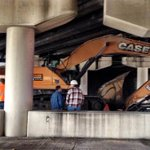 Truck with crane hit underpass on Dale Mabry in Tampa. http://t.co/qT9rXJ5jNc http://t.co/fCepgM09Qx