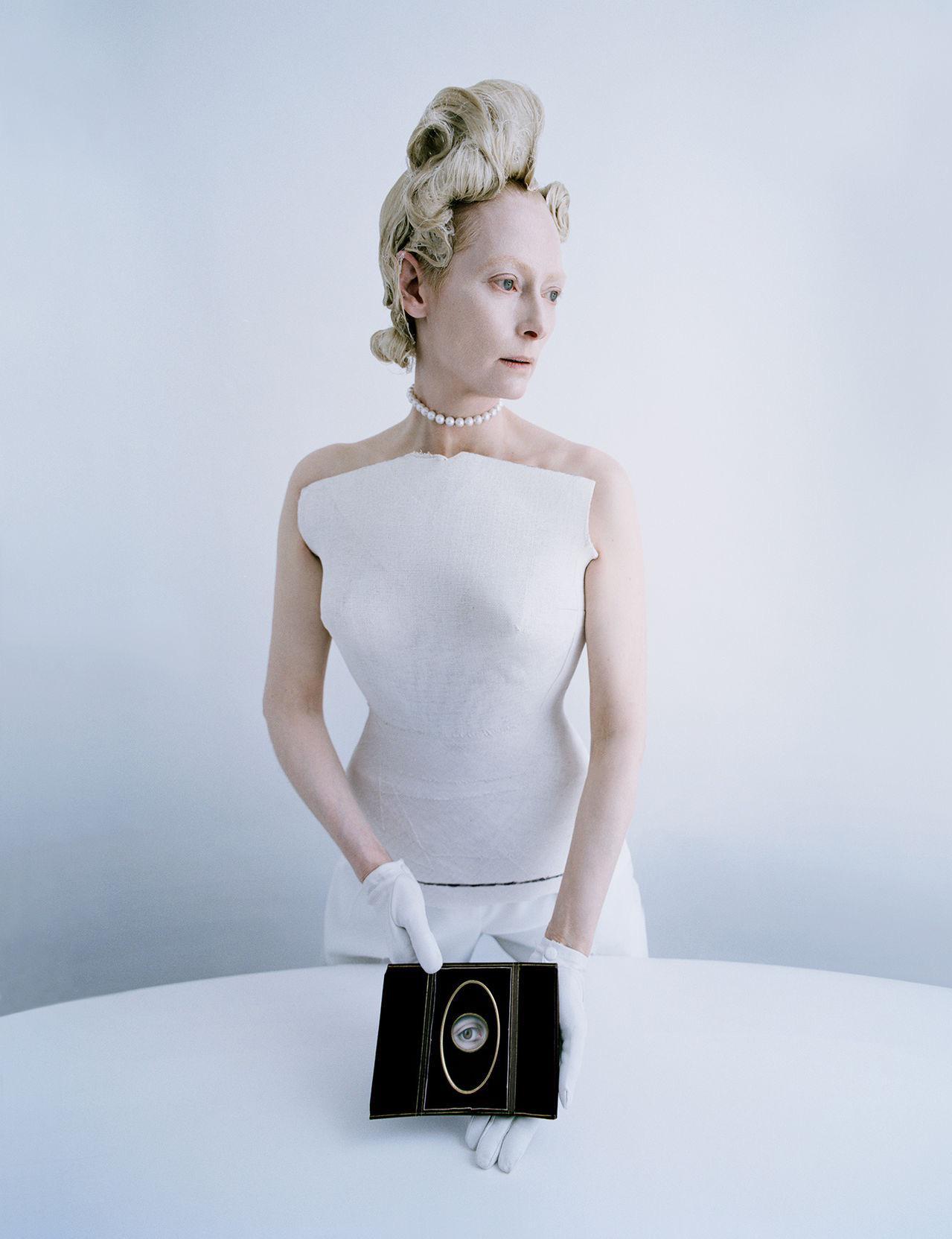 Прекрасная Тильда Суинтон в фотосессии для W Magazine http://t.co/IYkMX6q8TL