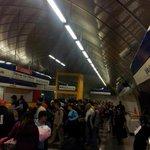 #LTenVivo: Estación Las Mercedes con gran afluencia de personas tras falla http://t.co/zvirAaefsh http://t.co/tC3plKFLM7