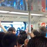Empezamos mal el día @metrodesantiago @METRODESANTlAGO una vergüenza.. http://t.co/FjuhFe4g9j