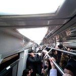 usuarios en vagones del metro en linea 4 con tiempos de espera entre estaciones entre 10 a 20 minutos @biobio http://t.co/BMZb7EOZm1