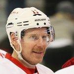 Alfie is expected to, fittingly, announce his retirement in front of Sens fans on Dec. 4. http://t.co/xzYyqsPadD http://t.co/wZtijwukZx