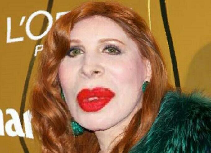 @nachaguevara Con esta cara hablas de @alfanograce?.. @Marce_09 @Mirta_funes http://t.co/WGBg7xA9sa