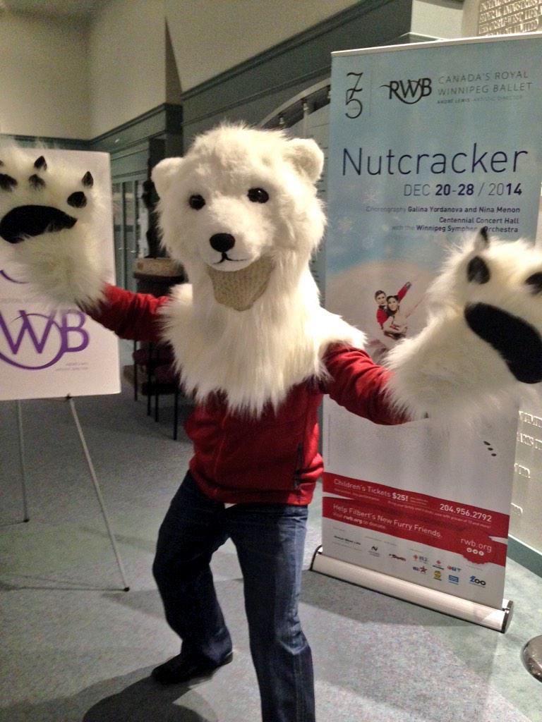 RT @krocznik: He won't be a polar bear, but which Winnipegger will be making his walk-on debut w/ @RWBallet's The Nutcracker? @7:27 http://…