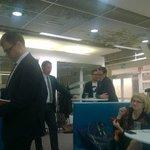Juha Sipilä valmistautuu. #yle #vaalienvälissä http://t.co/IsudOXOn9X