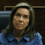 Dimite Ana Mato la peor ministra de Sanidad de la democracia. Corre pide un deseo. http://t.co/bnFdwpe7nL