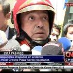 ESTÁ PÁSANDO Trabajadores atrapados en andamio del hotel Crowne Plaza fueron rescatados #CNNChile http://t.co/4bw8tfGtq0