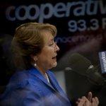 Bachelet defendió reajuste para sector público: Beneficia a quienes ganan menos http://t.co/jTmu1MzyCs http://t.co/nAlbbwqWZ6