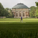 Why should you #applytoILLINOIS? Because we have one of the most iconic college quads http://t.co/Kv3bQxeFh9 http://t.co/6eXOXRrT9w