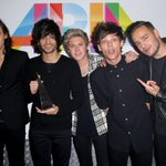 ARIA Awards - press room, Sydney 26.11.14 #MTVStars One Direction http://t.co/AT55ZXnBrX