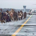 Про самолёт, что пассажиры в Красноярске с толкача заводили... http://t.co/LTY3Yqdeny