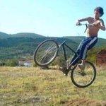 vendo bike com guidão wi-fi, interessados dm http://t.co/GtI8ZxG2ZO