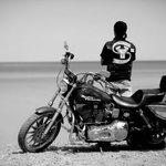Под Луганском погиб байкер-ополченец из сахалинского отделения мотоклуба «Ночные волки» http://t.co/HGqhY2UQSA http://t.co/mDiIuMW9Qo