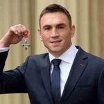 Congratulations to our captain Kevin Sinfield who received his MBE today from Duke of Cambridge, HRH Prince William http://t.co/MyjQYTI975