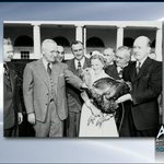 History of the White House Thanksgiving Turkey Pardons http://t.co/LCamR3PtcR (via @cspanhistory) #WHTurkeyPardon http://t.co/1jZu9faurs