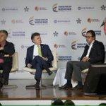Junto al Pre @JuanManSantos, @garzonlucho y @LuisErnestoGL en conversatorio: Empleo y Emprendimiento por la Equidad http://t.co/dKi8DFyFHD