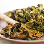 #ShareTheCheer! MAPLE-ROASTED BRUSSELS SPROUTS W/ PUMPKIN SEEDS: http://t.co/fkNbfFwwwQ #Thanksgiving http://t.co/MovX97gRvt