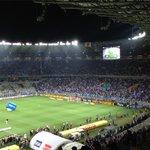 Antes da final, cruzeirenses se divertem comemorando gols antigos no telão; VEJA: http://t.co/R3XPHCcz8P http://t.co/bTBmLcZynl
