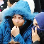 Oh my God! Im cold and shivering... (Syntagma square, Athens) #syrianrefugeesgr http://t.co/IYmBMdIk4l