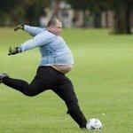Still a better goalkeeper than Mignolet.. http://t.co/9mLUw3yXJy