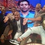 @SPORTAT10TV @DrMalinga teaching us his linga kick as @chadleclos looks on ,i love @mbalulafikile kick technique! http://t.co/JJyRpCiJ55