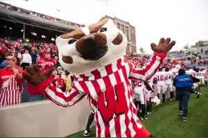 .@UWBuckyBadger can't give high fives #AxeWeek http://t.co/7xP0pLyZVe