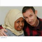المسيحى راي كو (٥٣ عاما) يتبرع لتلميذته عالية أحمد علي(١٣عاما)بكليته في لندن. الإنسانية لا تعرف لا دينا ولا عرقا . http://t.co/peaxHrgMdr