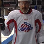 Wait il you see how the @AmerksHockey are embracing #Movember.  They even got this Desert Rat on the ice! At 5. http://t.co/QdlHQe8QWT
