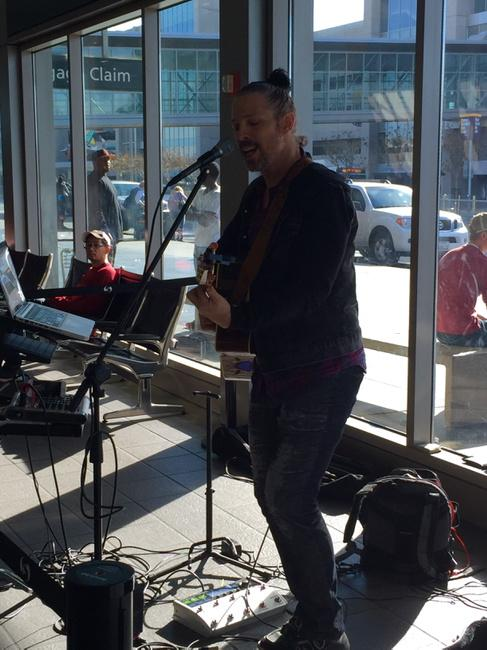 Hans Eberbach rocked Terminal A! Check out the SMF holiday performer schedule at