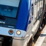 """""""@LePoint: Les contrôleurs SNCF appelés à la grève du 4 au 7 décembre : http://t.co/qQO8Of4XUC http://t.co/8UDG4SWAyd"""" bon bah Paris gratuit"""