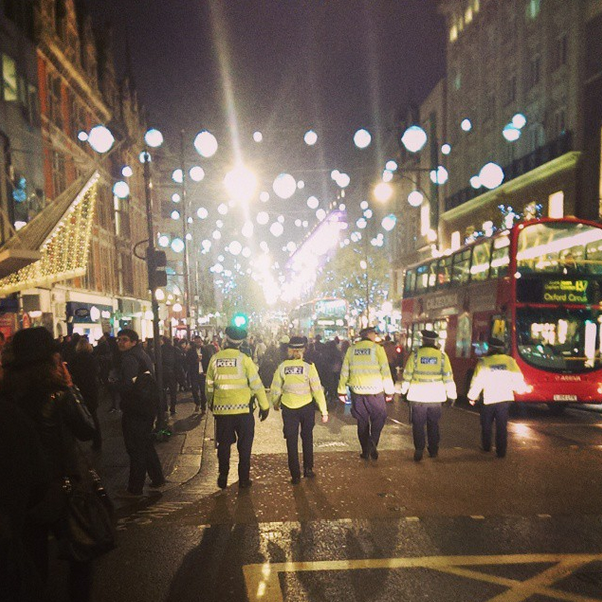 #Ferguson protest brings parts of central London to a standstill http://t.co/kGvxT8WgT8 http://t.co/E0ZlihYhMN