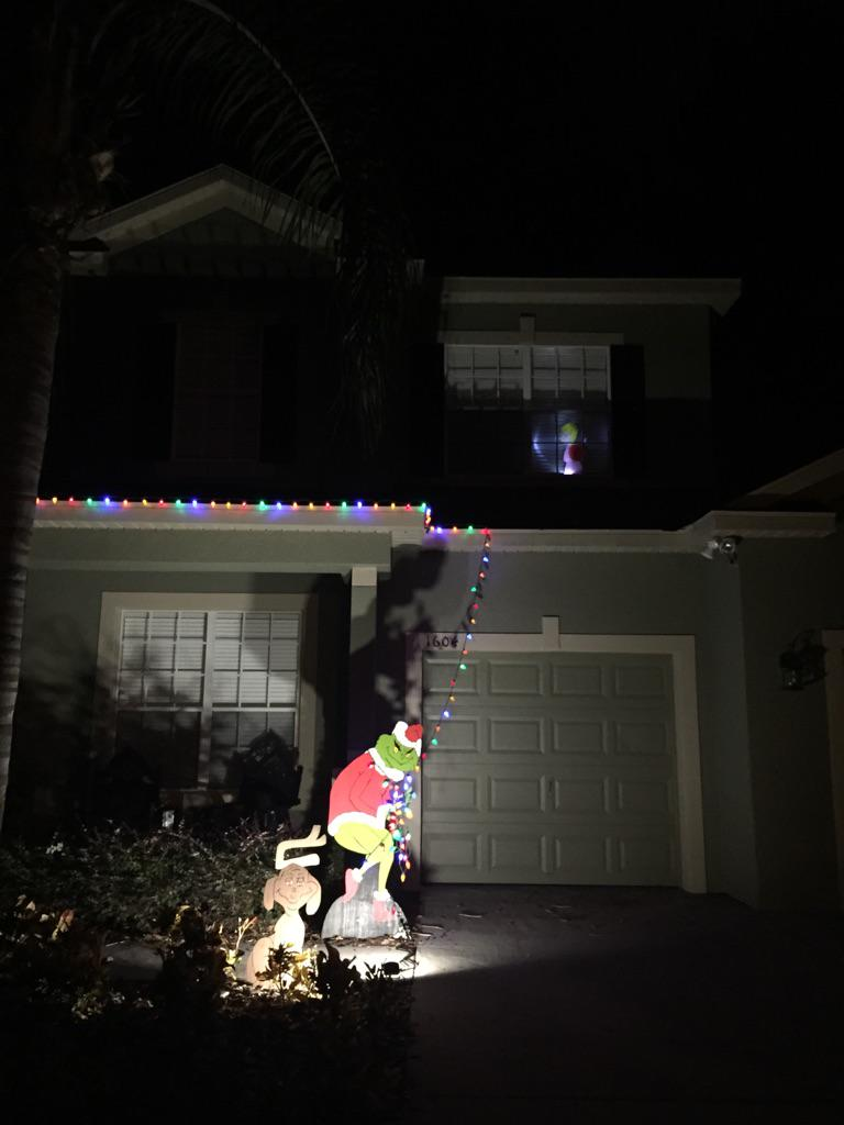 The grinch that stole your christmas lights.. #disappointingxmas ...