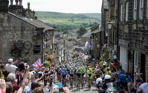 #TourdeFrance boosts #Yorkshire economy by £102m http://t.co/8xpYk16epL http://t.co/amLEPypS3U
