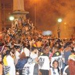 Comemoração atleticana invade Praça Sete; veja fotos http://t.co/beBUttUF5p http://t.co/FijdixjIWW